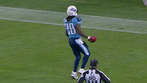 Video - Titans Lead Jets At The Half
