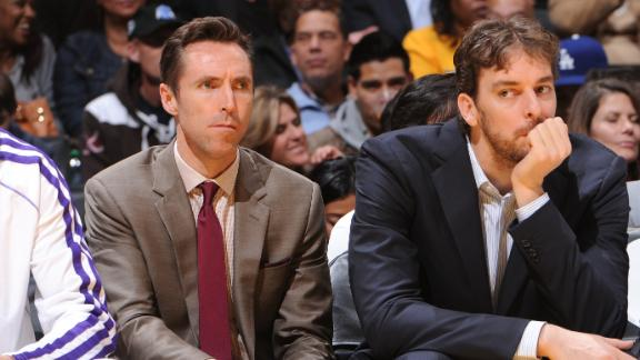 Lakers' Gasol, Nash both practice, eye return