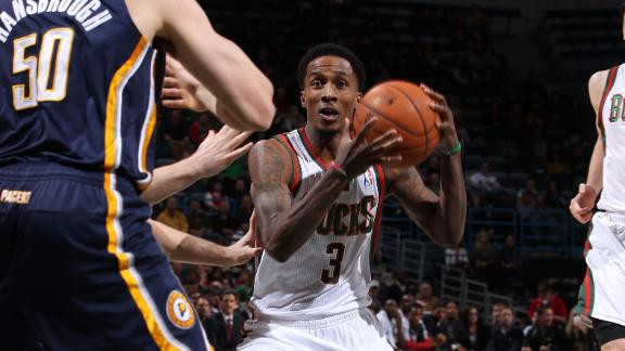Jennings pours in 34 as Bucks slip by Pacers