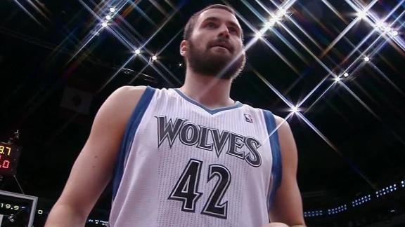 Pekovic, Love lift Timberwolves over Suns