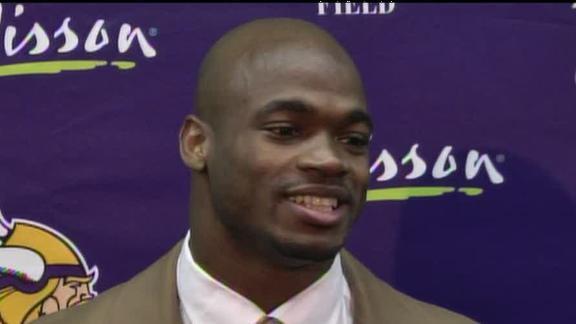 Peterson narrowly misses NFL rushing record