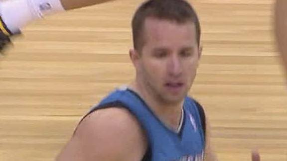 Barea lifts Timberwolves, lose Love to injury