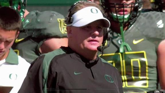 Chip Kelly stays at Oregon
