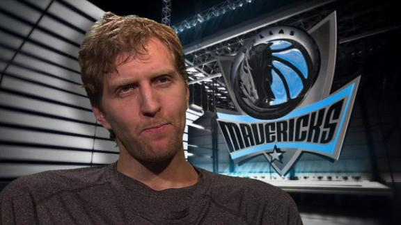 Cuban says struggling Mavs won't trade Dirk