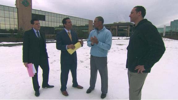 Video - Peyton Manning Prepares For Cold Weather