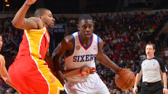 Holiday helps 76ers snap 5-game losing skid