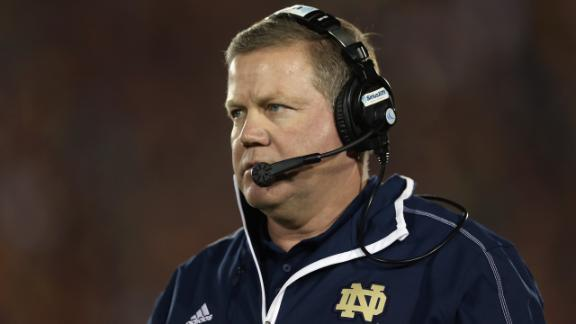 Kelly staying at ND; deal in works, source says