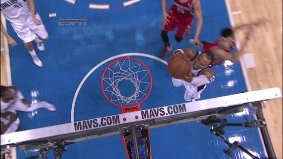 Video - Mavs Dunk In Transition