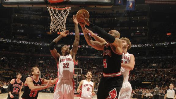 Deng's jumper helps Bulls beat Raptors in OT