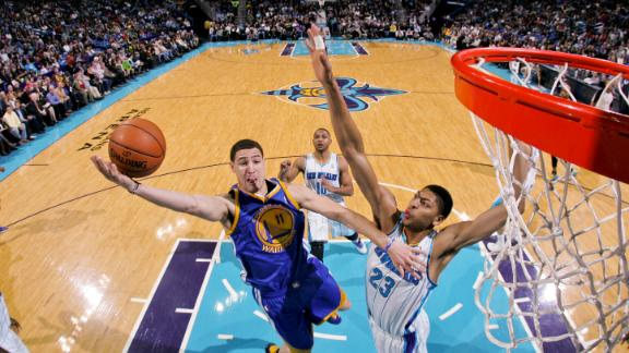 Video - Thompson's 29 Points Lift Warriors