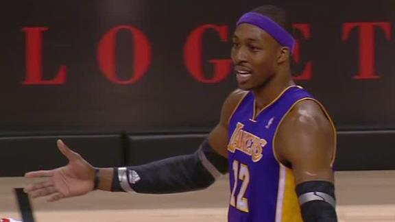 Video - Howard Ejected In Lakers' Loss
