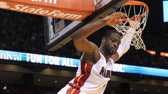Wade scores 29 as Heat win fourth game in row