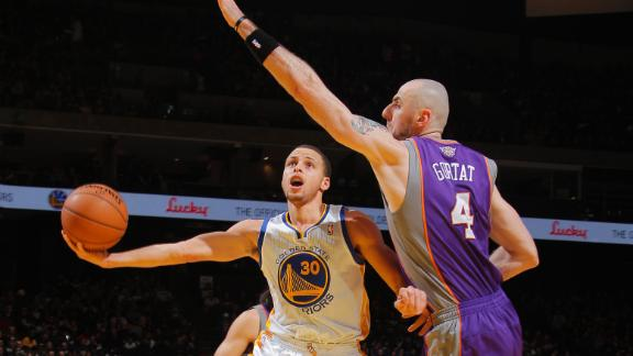 Curry leads Warriors in return from ankle injury