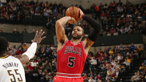 Chicago Bulls, Toronto Raptors talking Carlos Boozer-Andrea Bar…
