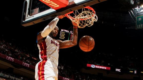 Video - LeBron In Dunk Contest?