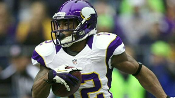 Vikings GM says no intention of trading Harvin