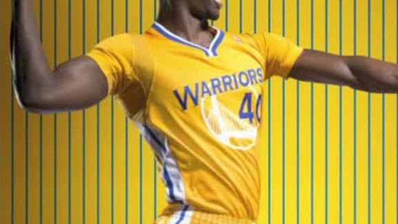 Video - Warriors Unveil Short-Sleeve Jerseys
