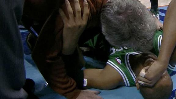 Celtics' Barbosa has torn ACL, out for season