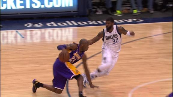 Kobe outduels Dirk to lead Lakers by Mavs