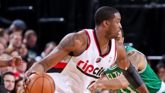 Matthews 3 buries Celtics, snaps Blazers' skid
