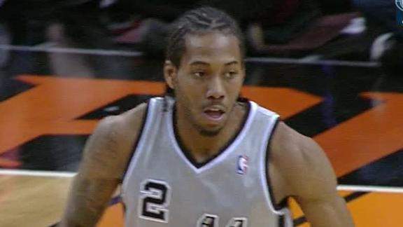 Mills, Leonard send balanced Spurs past Suns