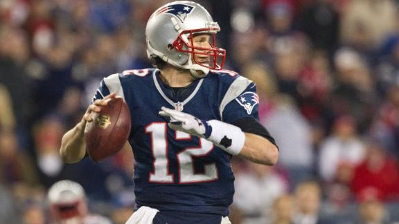Video - Tom Brady Signs 3-Year Extension
