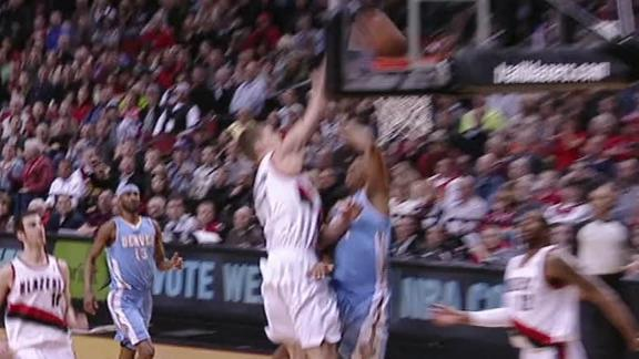 Video - Meyers Leonard Dunks On Andre Miller