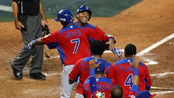 Video - Dominican Republic Rallies Past USA To Advance