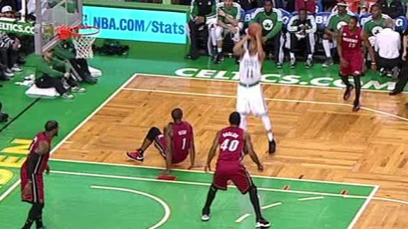 Video - Courtney Lee Sends Chris Bosh To The Floor