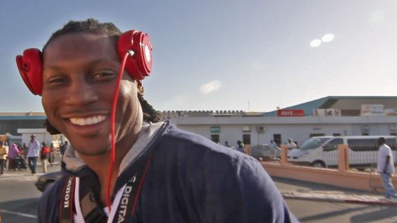 Video - Roddy White Arrives In Senegal, Africa