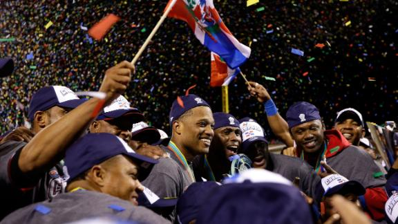 Video - Latin Players Take Incredible Pride In WBC