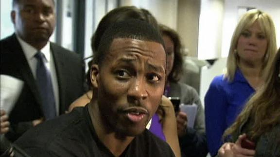 Video - Dwight Howard Works At An Airport