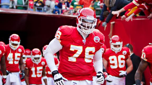 Sources: Chiefs want 2 picks in any Albert deal