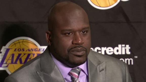 Shaq tweaks Howard before jersey retirement