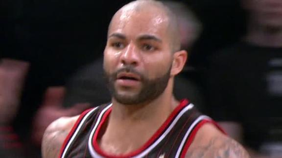 Boozer's big double-double helps Bulls by Nets