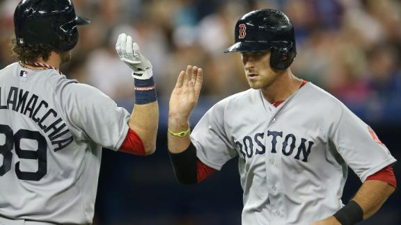 Middlebrooks' 3 HRs help Red Sox whip Jays