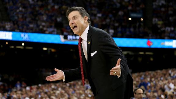 Pitino highlights class of 12 into Naismith Hall