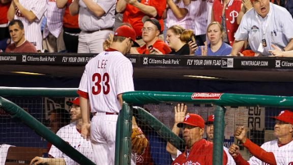 Phillies ride Lee's arm, homers to beat Mets