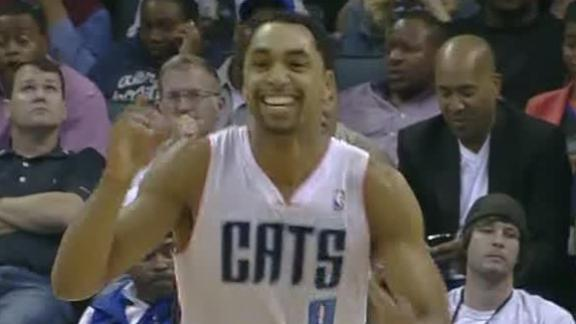 Video - Henderson Leads Bobcats Past Knicks