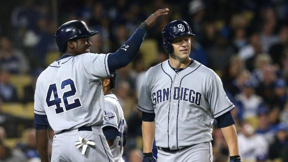 No animosity apparent as Padres top Dodgers