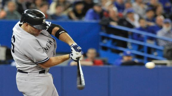 Yanks pounce on Jays' error to win in 11th