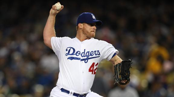 Dodgers put Billingsley on DL for elbow pain