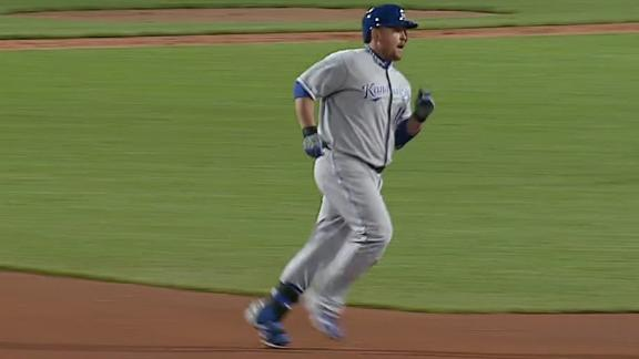 Video - Royals Sweep Red Sox In Doubleheader