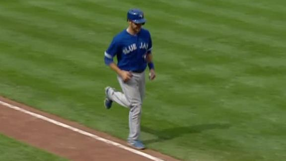 Blue Jays avoid sweep, defeat Orioles in 11