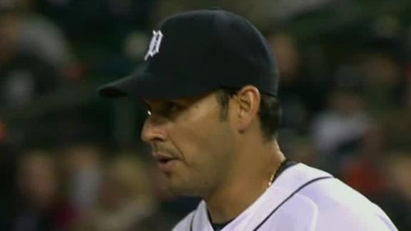 Sanchez dazzles with 17 K's in Tigers' romp