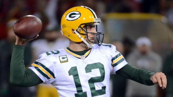 Packers sign Rodgers to contract extension