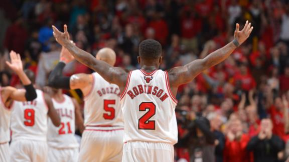Bulls erase late deficit, overcome Nets in 3OT