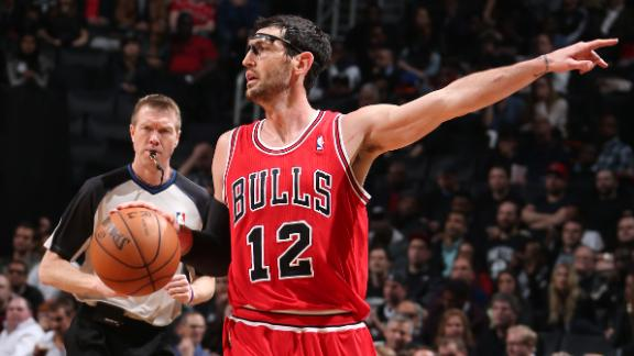 Bulls' Hinrich (calf) out for Game 5 vs. Nets