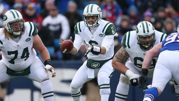 Upbeat Sanchez vows to win Jets' QB job