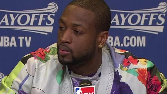 Video - Critiquing Dwyane Wade's Outfit